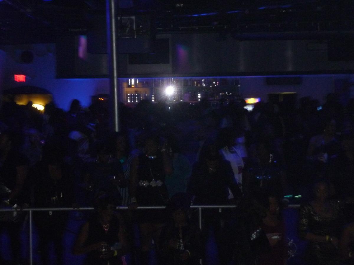crowd show