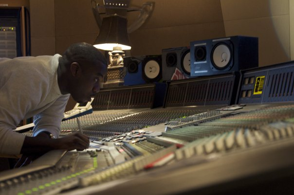 "Oscar Nominated and Grammy Award Winning Platinum Producer Mr. Leslie Brathwaite who mixed the Billboard #1 Song ""Happy"" by Pharrell Williams"