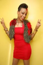 Amazing singer, songwriter Alaine